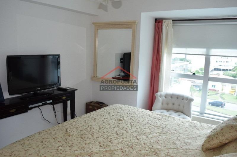 apartamento en mansa, 2 dormitorios *-ref:2810