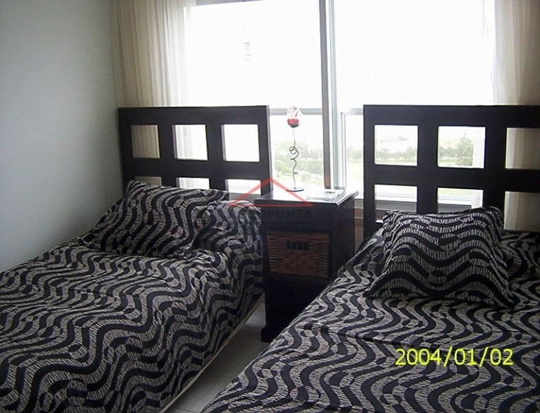 apartamento en mansa, 2 dormitorios *-ref:317