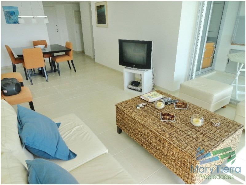 apartamento en mansa, 2 dormitorios *-ref:58