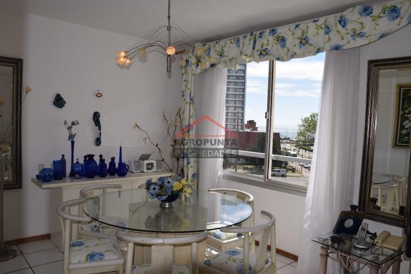 apartamento en mansa, 2 dormitorios *-ref:589