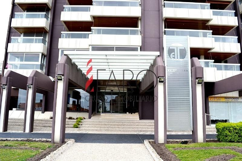 apartamento en mansa 3 dormitorios con terraza-ref:33966