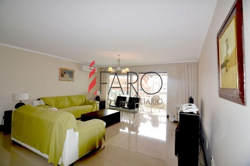 apartamento en mansa 3 dormitorios con terraza-ref:33973