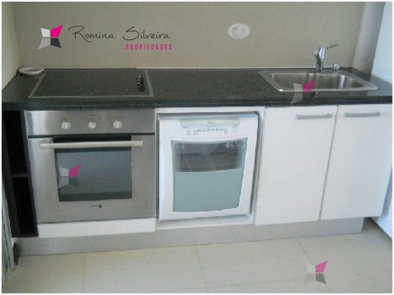 apartamento en mansa, 3 dormitorios *- ref: 6910