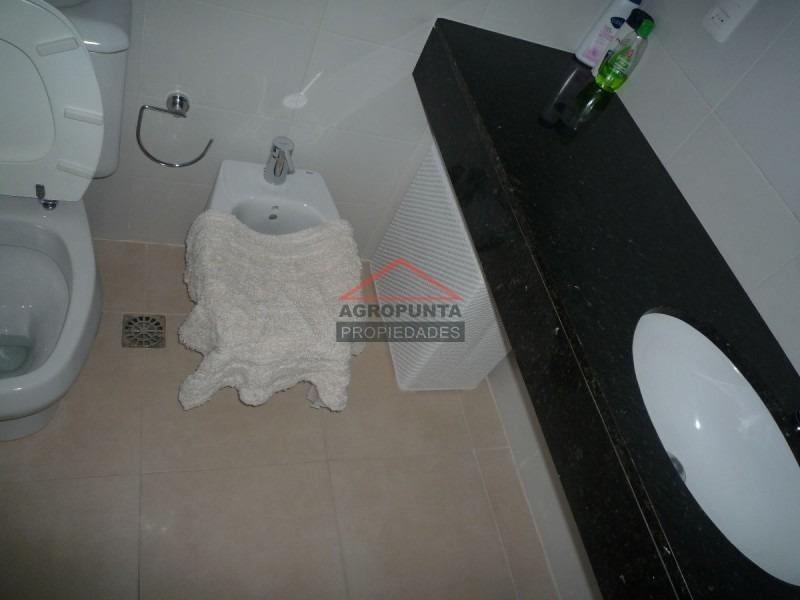 apartamento en mansa, 3 dormitorios *-ref:1645