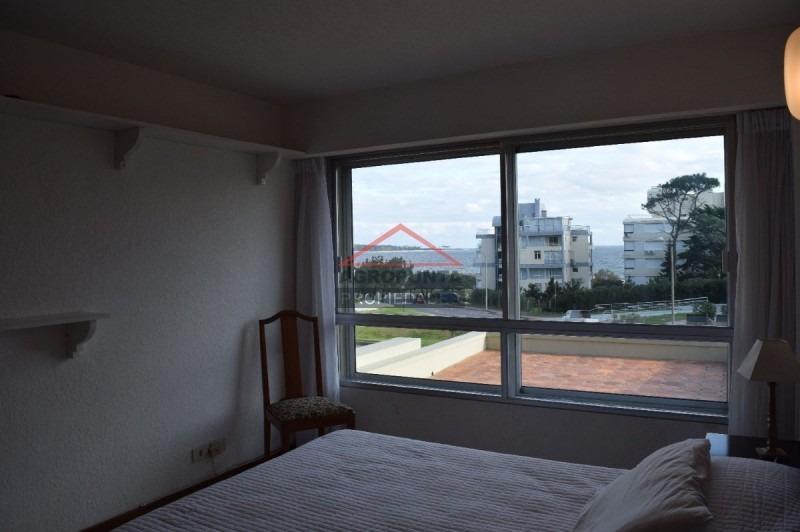 apartamento en mansa, 3 dormitorios *-ref:1915