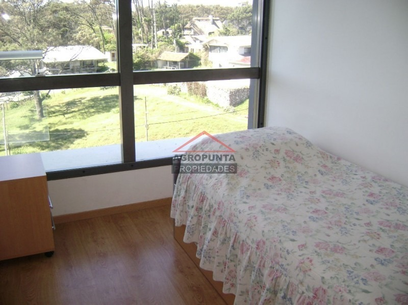 apartamento en mansa, 3 dormitorios *-ref:2056