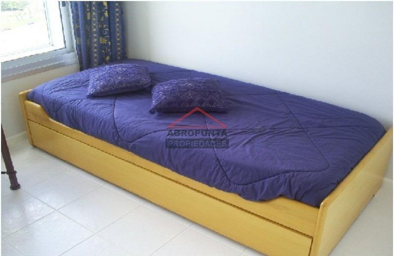 apartamento en mansa, 3 dormitorios *-ref:2861