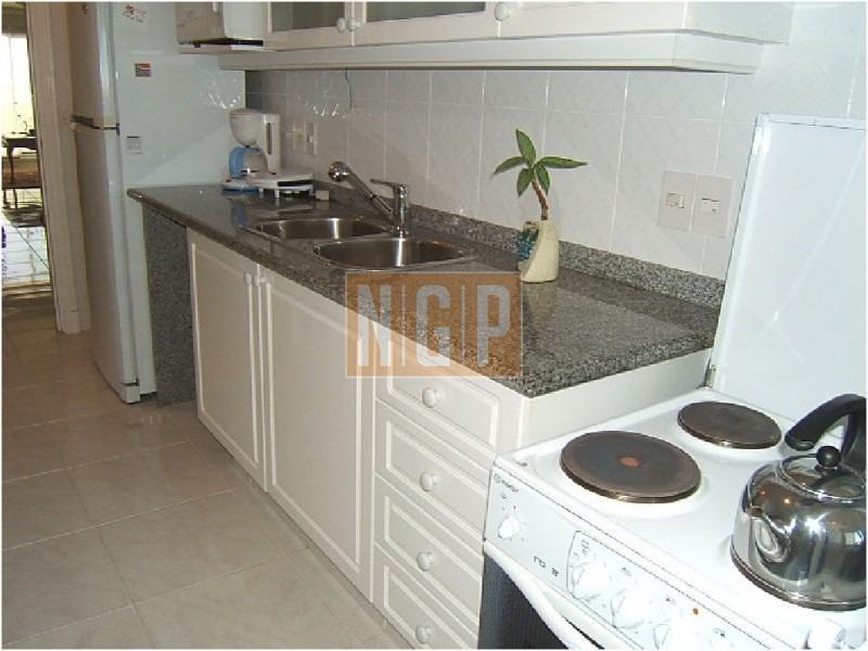 apartamento en mansa, 3 dormitorios *-ref:3371