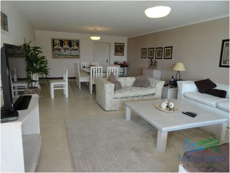 apartamento en mansa, 3 dormitorios *-ref:538