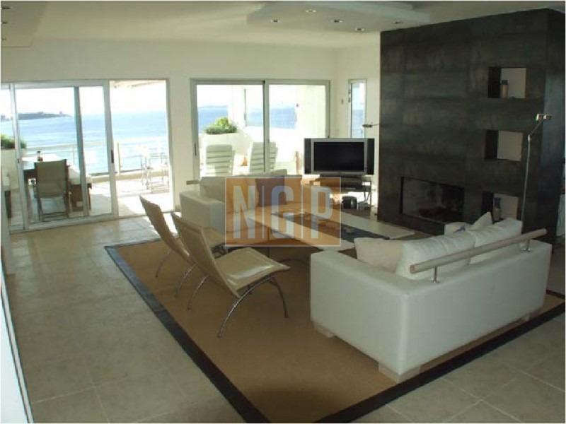 apartamento en mansa- frente al mar-ref:510