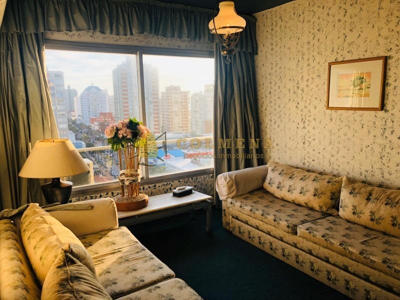 apartamento en muy buena ubicacion, de 1 dor, 1 baños con excelente linda vista.-ref:2211