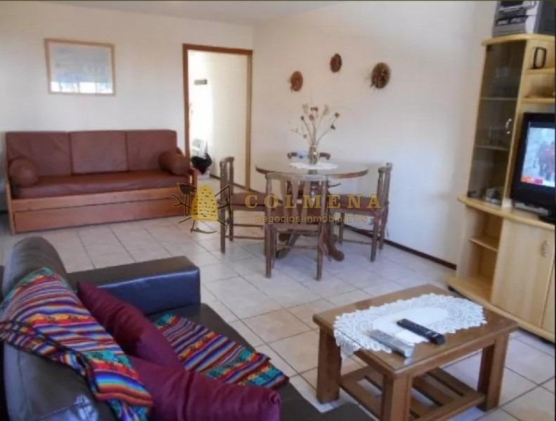 apartamento en muy buena ubicacion, de 1 dor, 1 baños con garaje en aidy grill.-ref:1571