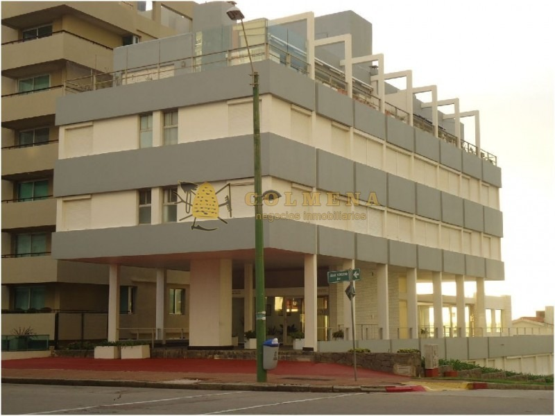 apartamento en muy buena ubicacion, de 2 dor, 1 baños en peninsula. consulta!!!!!!!-ref:1793