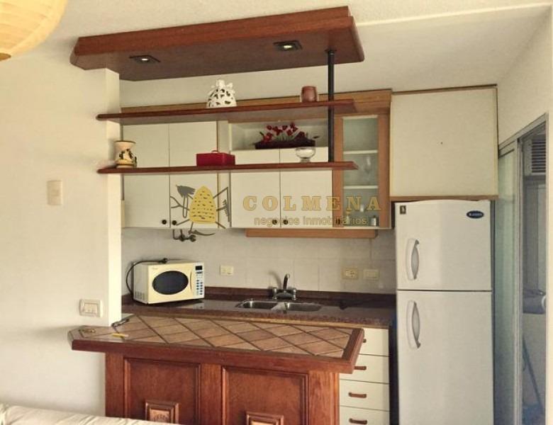 apartamento en muy buena ubicacion, de 2 dor, 1 baños. para alquiler consulte!!!!!!!-ref:2005
