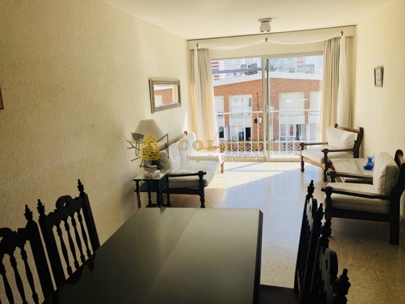 apartamento en muy buena ubicacion, de 2 dor, 2 baños linda vista en la peninsula bajos gastos comunes.-ref:1426