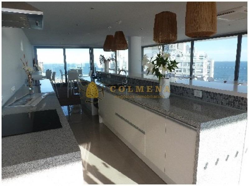 apartamento en muy buena ubicacion, de 2 dor, 2 baños linda vista.-ref:1226