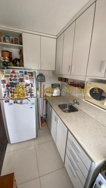 apartamento en muy buena ubicacion en la peninsula, de 1 dor, 1 baños muy buen balcon comodo a una cuadra de la calle 20 - consulte!!!!!- ref: 1586