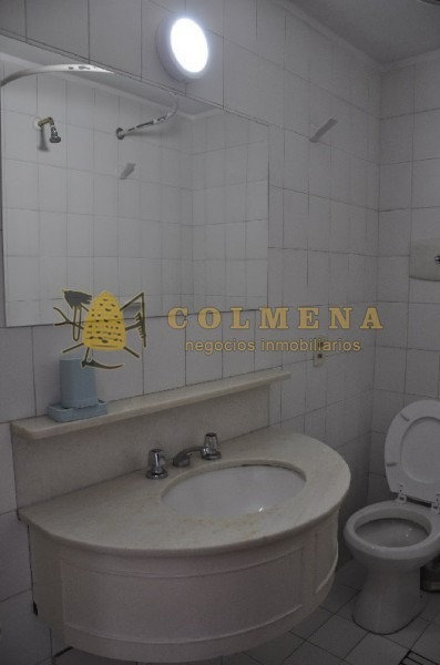 apartamento en muy buena ubicacion en roosevelt, de 2 dor, 2 baños linda vista. consulte!!!!- ref: 1840