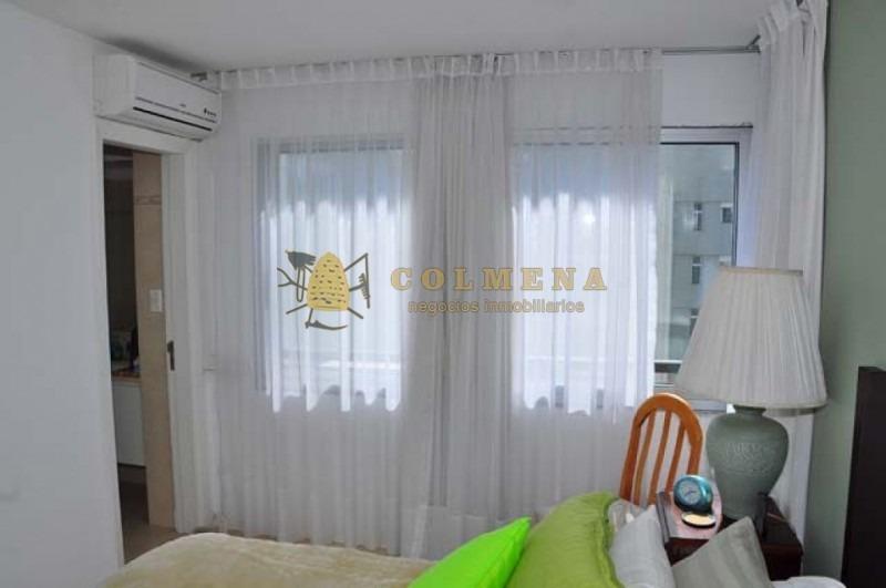 apartamento en muy buena ubicacion en roosevelt en piso alto. living comedor, cocina, lavadero, 3 dormitorios, 2 baños (1 suite), terraza, garaje. - ref: 1801