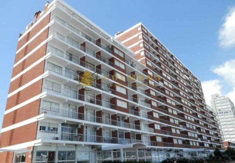 apartamento en muy buena ubicacion frente a la brava monoambiente con linda vista. consulte!!!!!-ref:1847
