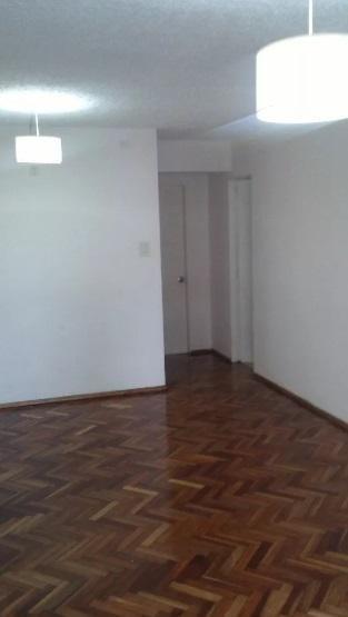 apartamento en parque posadas. 2 dormitorios