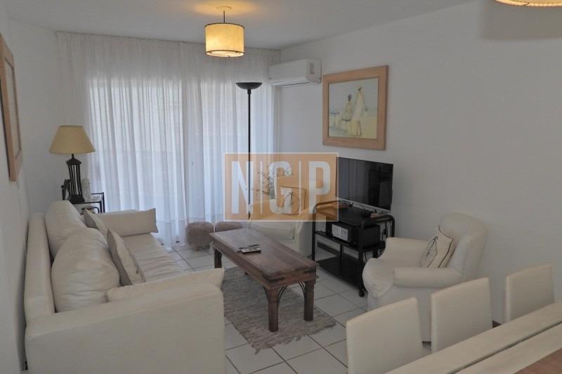 apartamento en peninsula, 2 dormitorios  -ref:1798