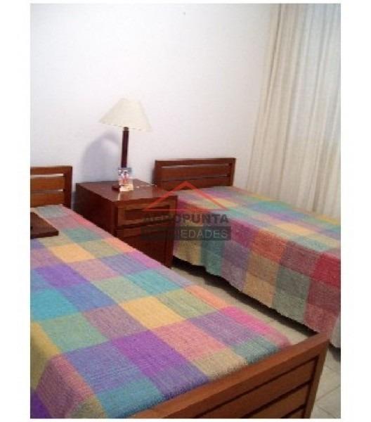 apartamento en peninsula, 2 dormitorios *-ref:2145