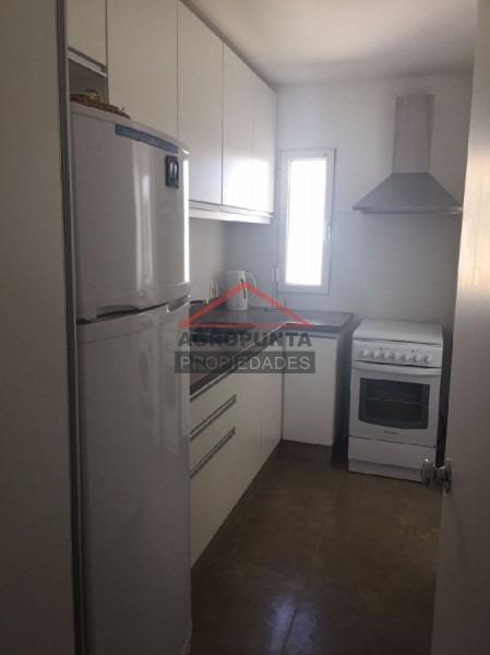 apartamento en peninsula, 2 dormitorios *-ref:836
