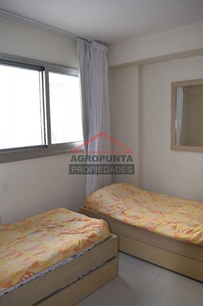 apartamento en peninsula, 3 dormitorios *-ref:2482