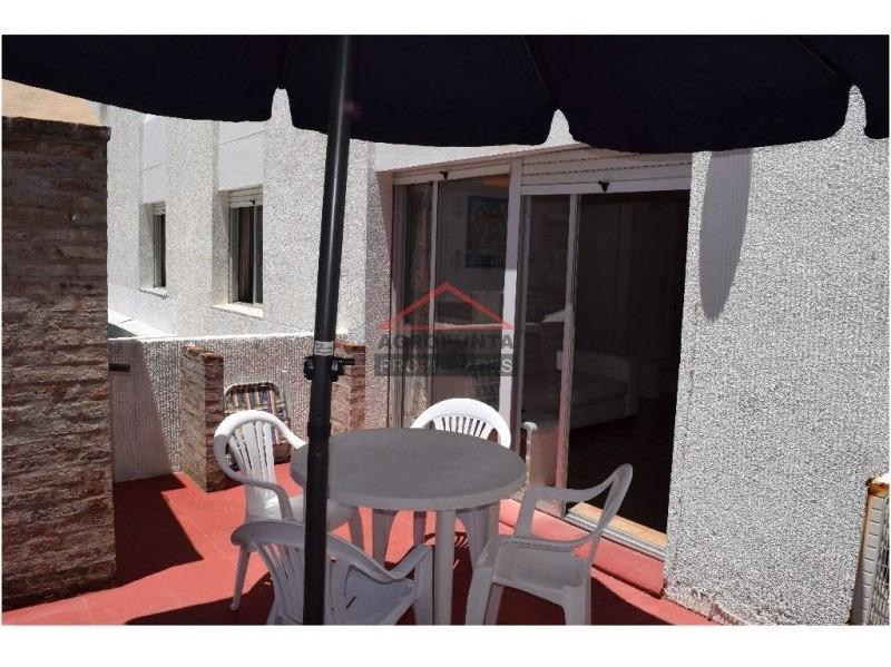 apartamento en península con parrillero propio!!-ref:929