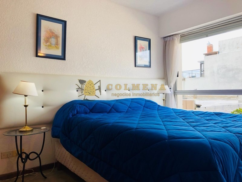 apartamento en peninsula de 2 dormitorios, 1 baño, cerca de la playa brava y mansa-ref:1216