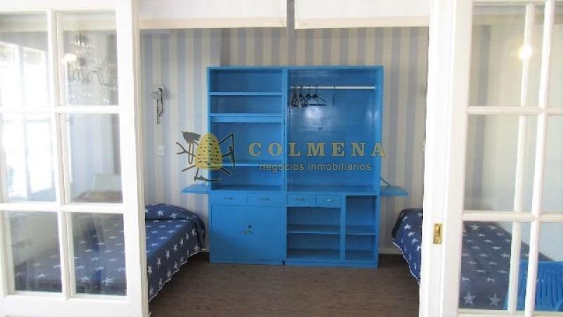 apartamento en peninsula de 2 dormitorios y medio con dos baños muy linda vista al mar.-ref:1030