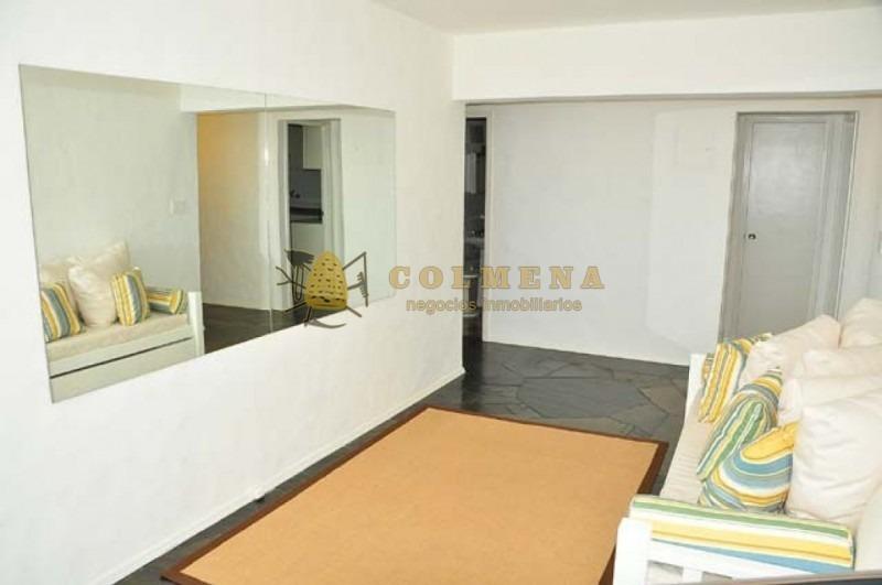 apartamento en peninsula muy bien ubicado, de 2 dormitorios 2 baños con garaje. muy luninoso.- ref: 1173