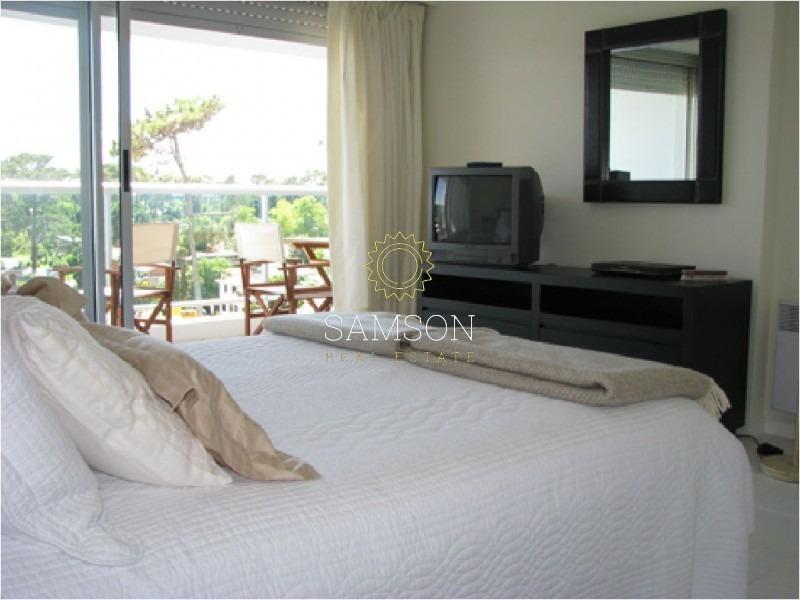 apartamento en playa mansa a metros del mar- ref: 37656