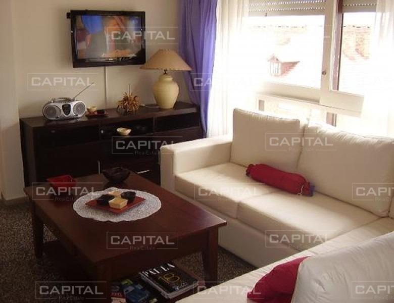 apartamento en playa mansa dos dormitorios en alquiler- ref: 24980