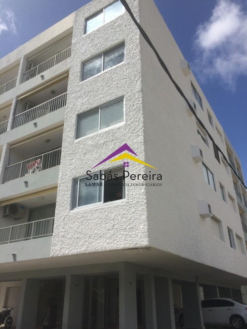 apartamento en playa mansa punta del este- ref: 40661