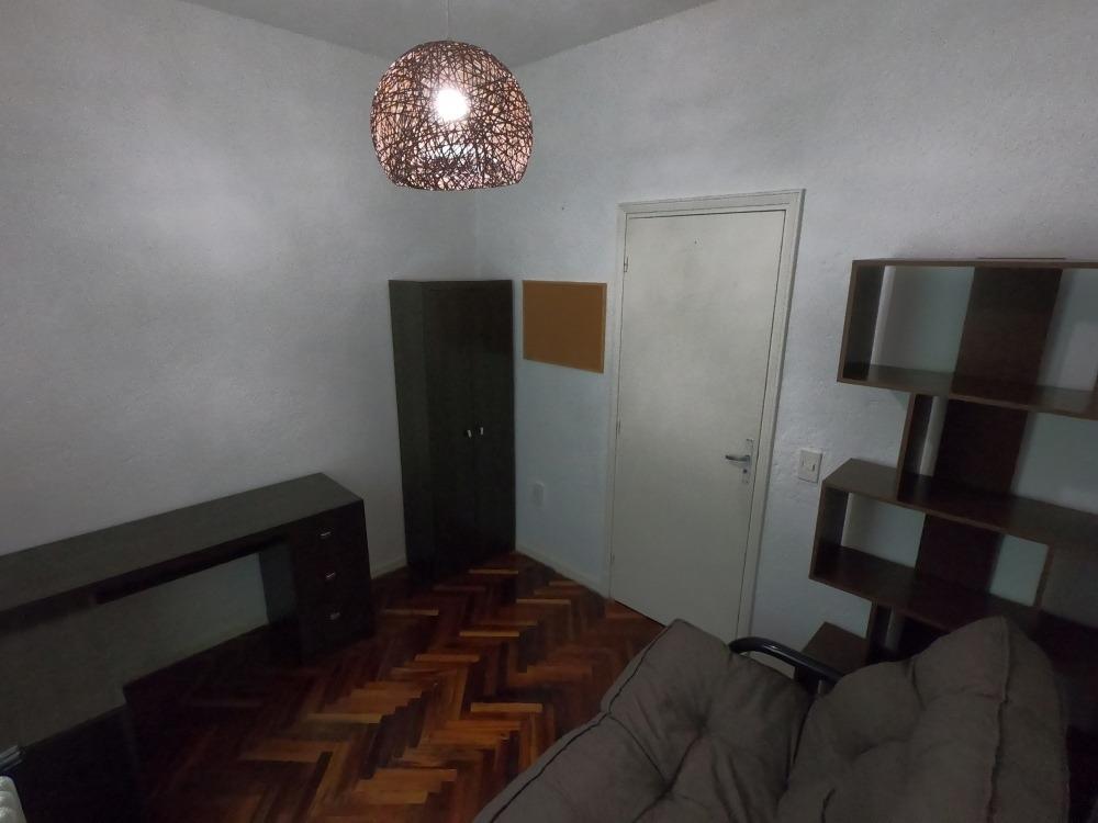 apartamento en pocitos 2 dorm. 2 baños.
