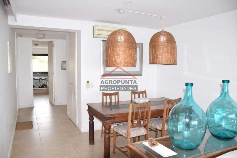apartamento en punta ballena, 2 dormitorios *-ref:1751