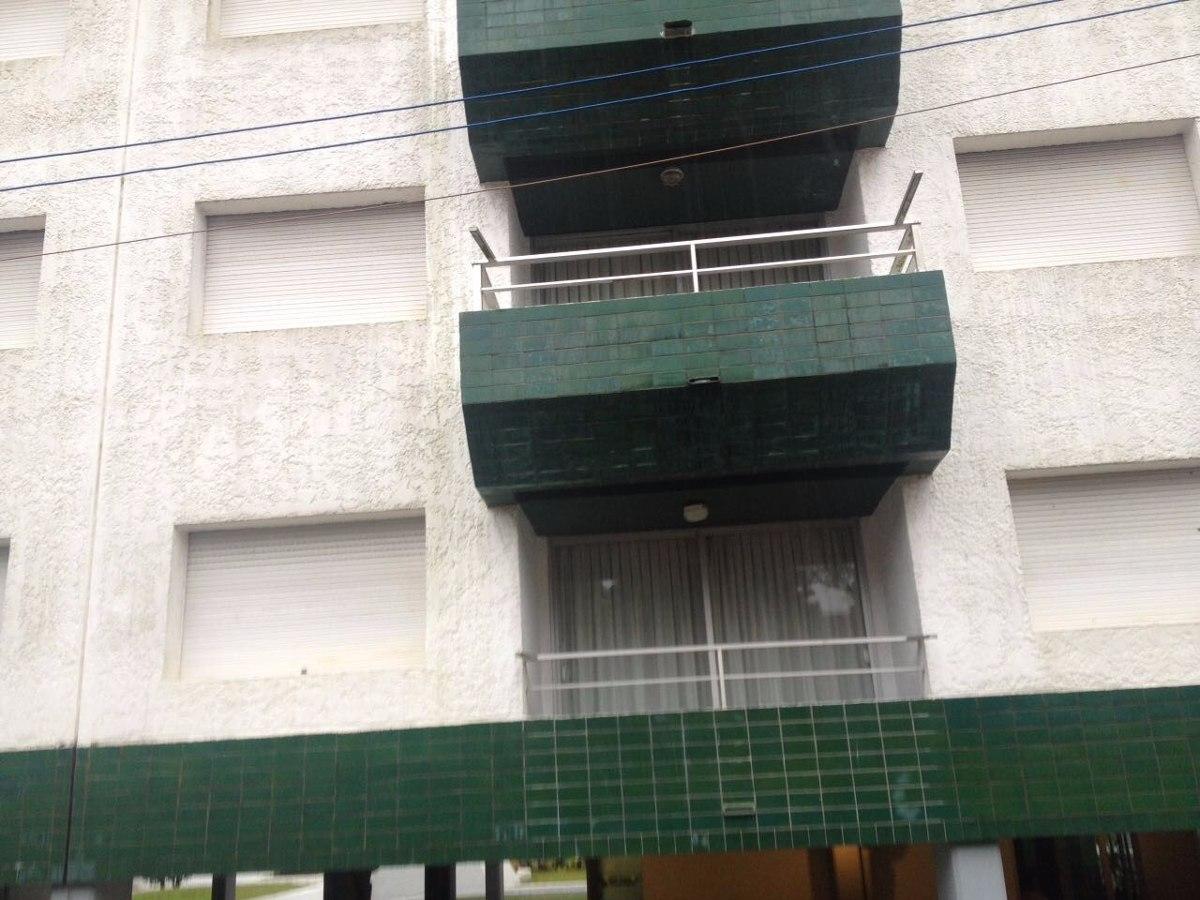 apartamento en  punta del este a dos cuadras de gorlero