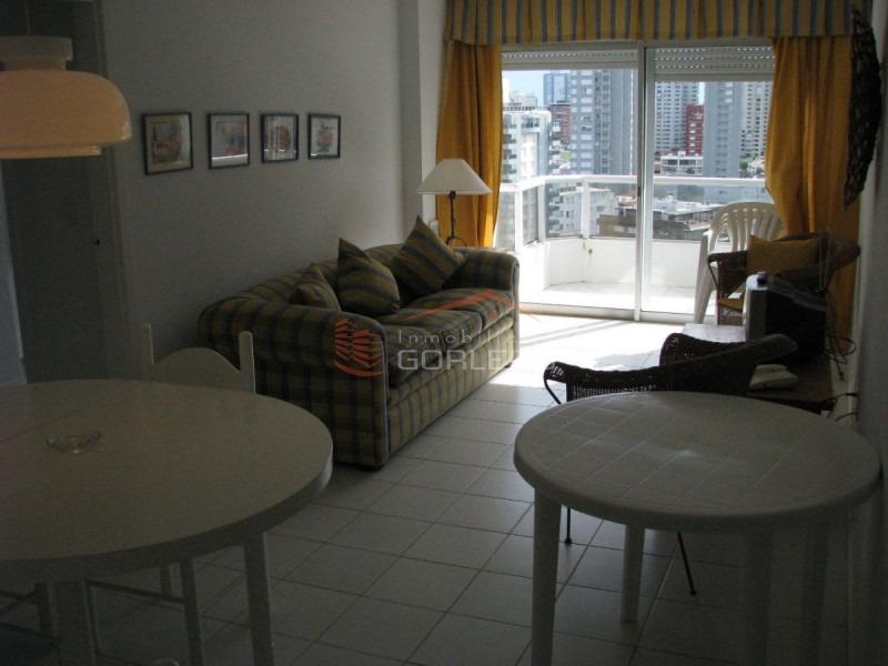 apartamento en punta del este, zona brava-ref:385