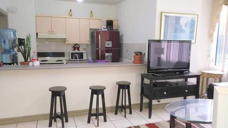 apartamento en renta  amueblado y equipado zona 14