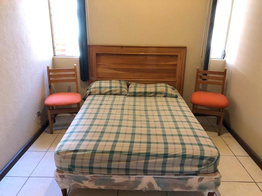 apartamento en renta  amueblado zona 15 vhi