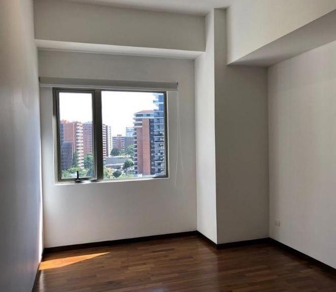 apartamento en renta zona 14, edificio torre quattro