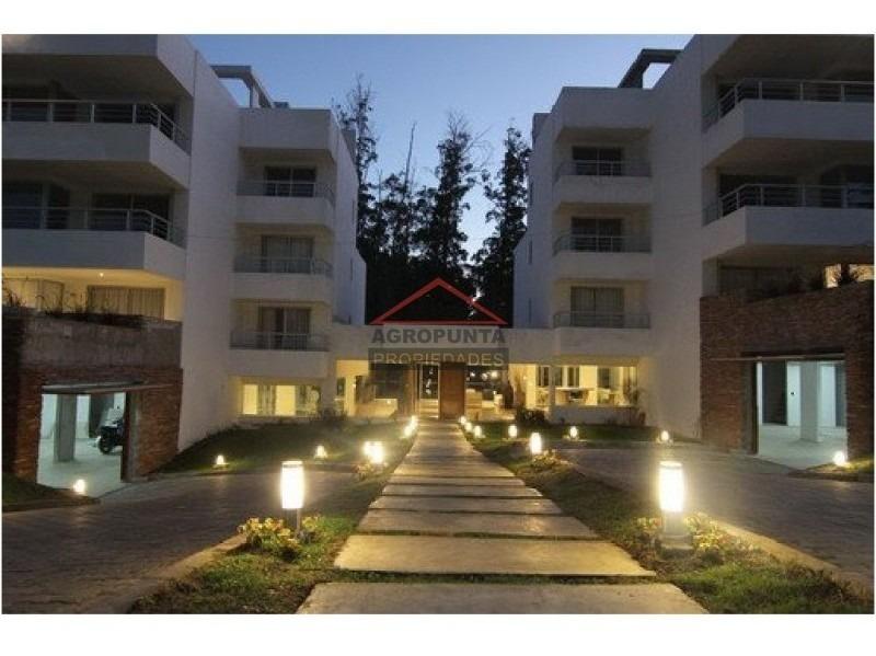 apartamento en rincã³n del indio, 2 dormitorios *-ref:2611