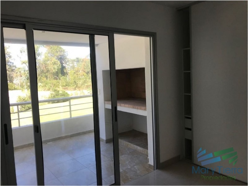 apartamento en rincã³n del indio, 3 dormitorios *-ref:1520