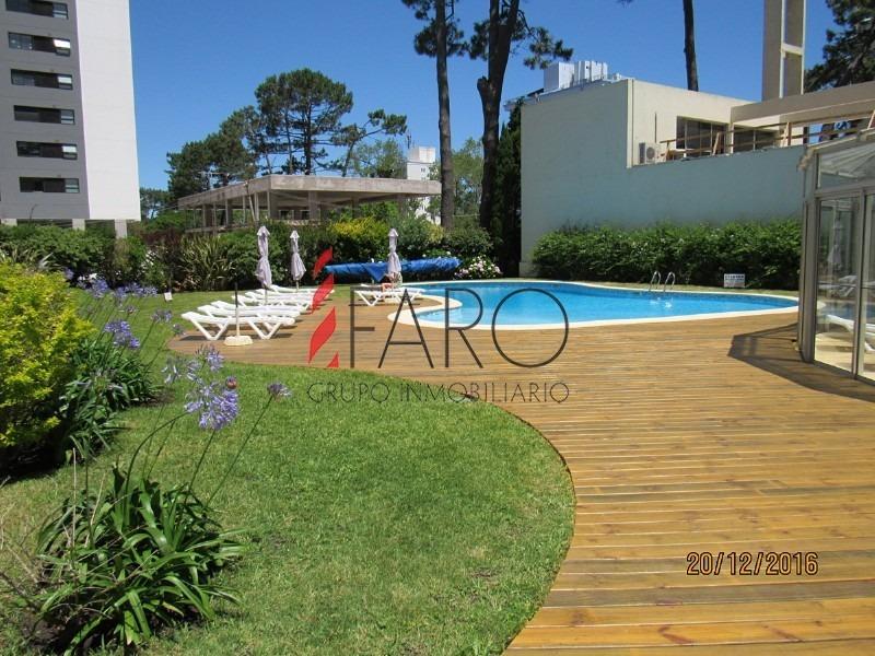 apartamento en roosevelt 1 dormitorio con balcón y garage-ref:35875