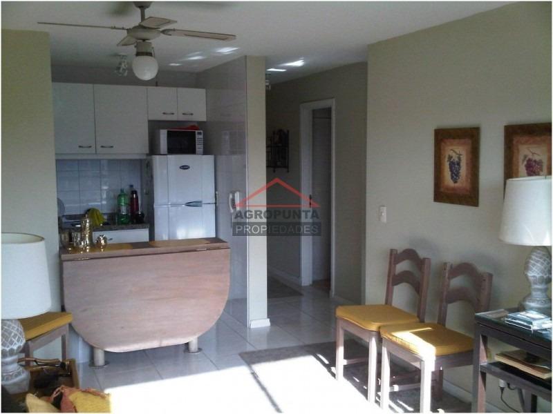 apartamento en roosevelt, 1 dormitorios *-ref:2468