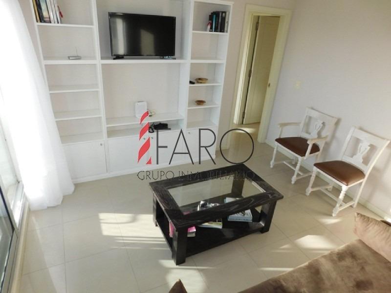 apartamento en roosevelt 2 dormitorios con balcón y garage- ref: 36058