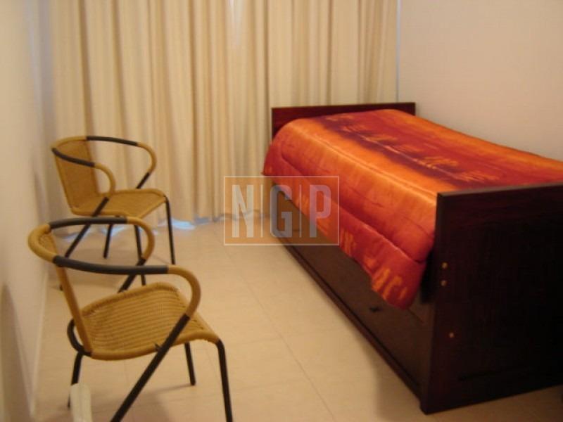 apartamento en roosevelt, 2 dormitorios  -ref:3964