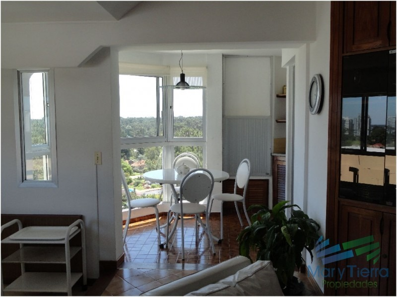 apartamento en roosevelt, 2 dormitorios *-ref:615
